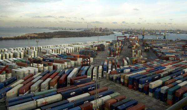 Портовые терминалы... Первый